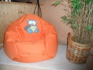 Sitzsack Outdoor Indoor orange mit Eulen Applikation